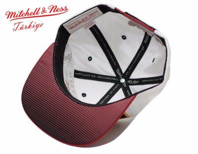 Mitchell And Ness Heat Kırmızı Ve Beyaz Snapback Cap Şapka